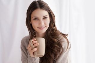 お茶を飲む画像.jpg