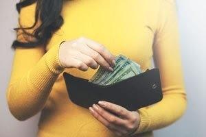 お財布とお金の画像.jpg
