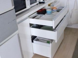 オープン食器棚の画像.jpg