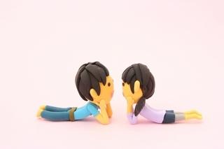 夫婦で見つめあっている画像.jpg