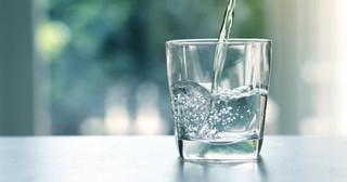 水分補給の画像.jpg