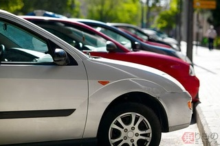 炎天下に車を駐車している画像.jpg