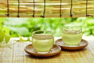 緑茶の画像.jpg