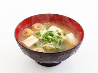 豆腐と麩のみそ汁の画像.jpg