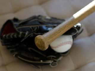 野球道具の画像.jpg